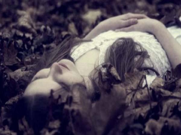 Nằm mơ thấy xác chết đánh con gì, có điềm báo gì