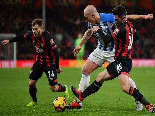 Soi kèo Huddersfield vs Bournemouth, 23h30 ngày 13/4 - Hạng nhất Anh
