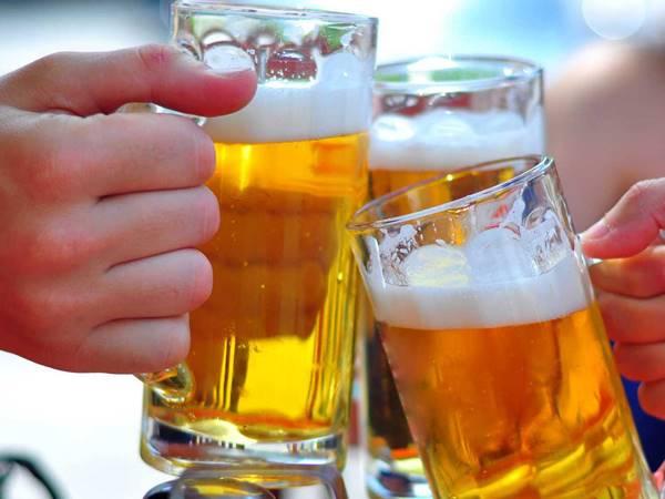 Mơ thấy bia có dự báo gì trong tương lai? Đánh con gì?