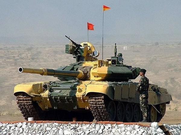Nằm mơ thấy xe tăng đánh con gì?